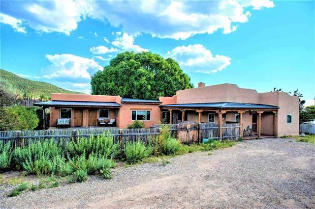 554 Este Es, Taos, NM 87571 (MLS #104302) :: The Chisum Realty Group