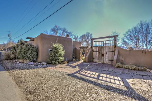 20 Valerio Rd, Ranchos de Taos, NM 87557 (MLS #104485) :: Page Sullivan Group | Coldwell Banker Mountain Properties