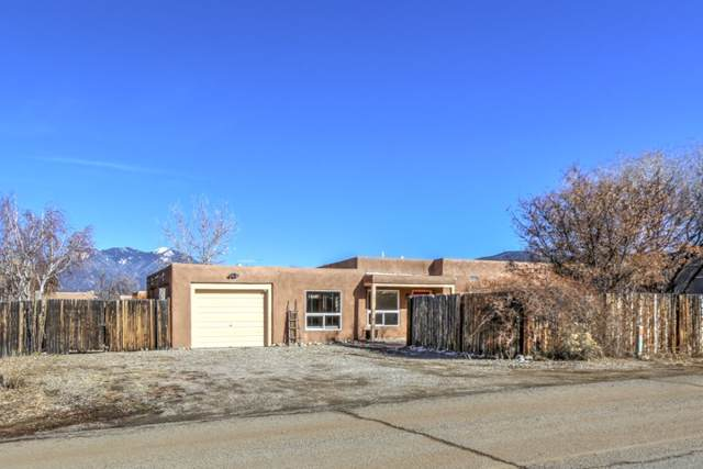 205 Adobe Road, Taos, NM 87571 (MLS #104524) :: Page Sullivan Group | Coldwell Banker Mountain Properties
