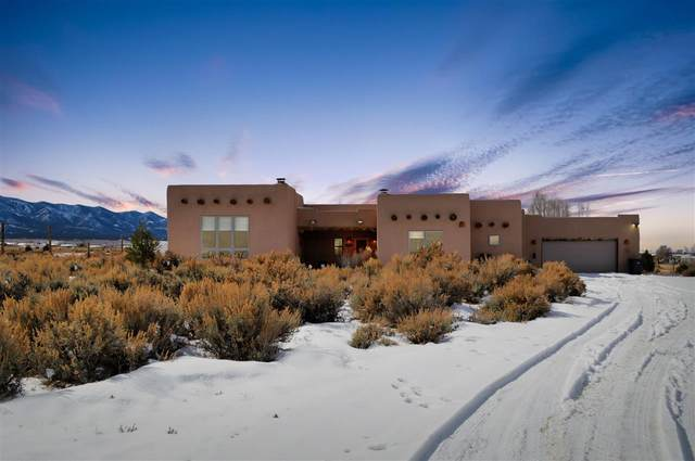 15 Calle Angelo, Taos, NM 87557 (MLS #104737) :: The Chisum Realty Group