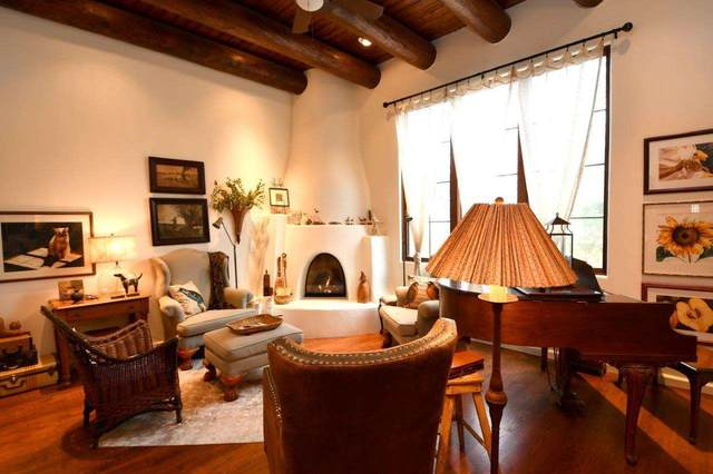 406A Apache, Taos, NM 87571 (MLS #104769) :: Page Sullivan Group | Coldwell Banker Mountain Properties