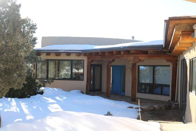 72 Calle Coyote, Arroyo Seco, NM 87514 (MLS #104782) :: Page Sullivan Group | Coldwell Banker Mountain Properties