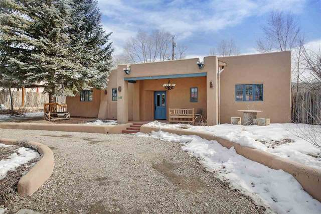 111 Roberts Lane, Taos, NM 87571 (MLS #104841) :: Page Sullivan Group | Coldwell Banker Mountain Properties