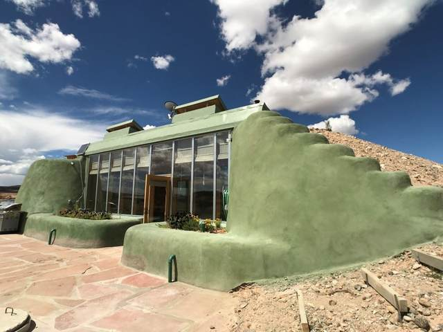 19 South Lemuria, El Prado, NM 87529 (MLS #104892) :: The Chisum Realty Group
