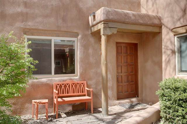 226 Kit Carson Rd, Taos, NM 87571 (MLS #105053) :: The Chisum Realty Group