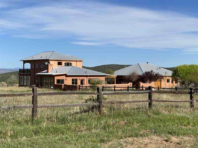 60 Vista Lejos, Arroyo Seco, NM 87514 (MLS #105155) :: The Chisum Realty Group