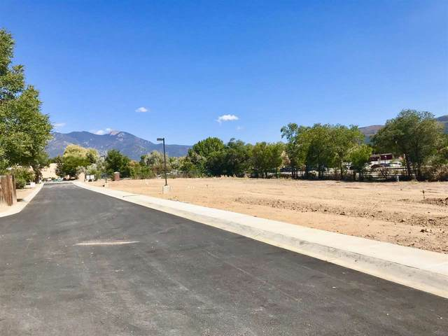 320 Pond Court, Taos, NM 87571 (MLS #105246) :: Angel Fire Real Estate & Land Co.