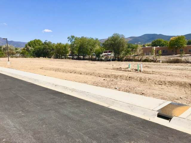 318 Pond Court, Taos, NM 87571 (MLS #105247) :: Angel Fire Real Estate & Land Co.