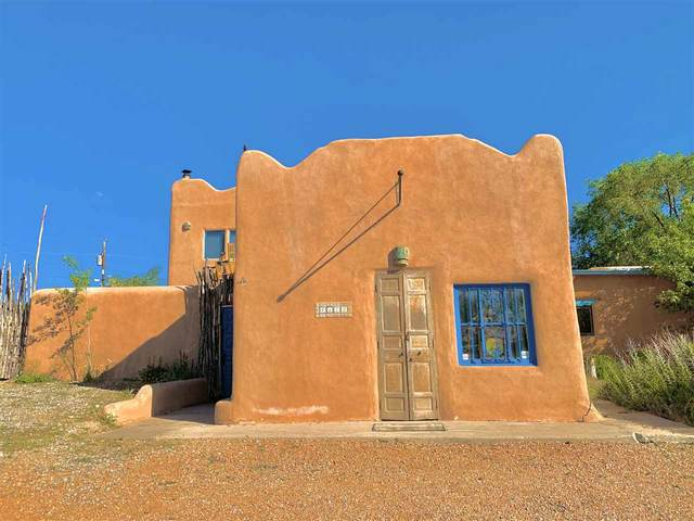4175 State Highway 68, Taos, NM 87557 (MLS #105325) :: The Chisum Realty Group