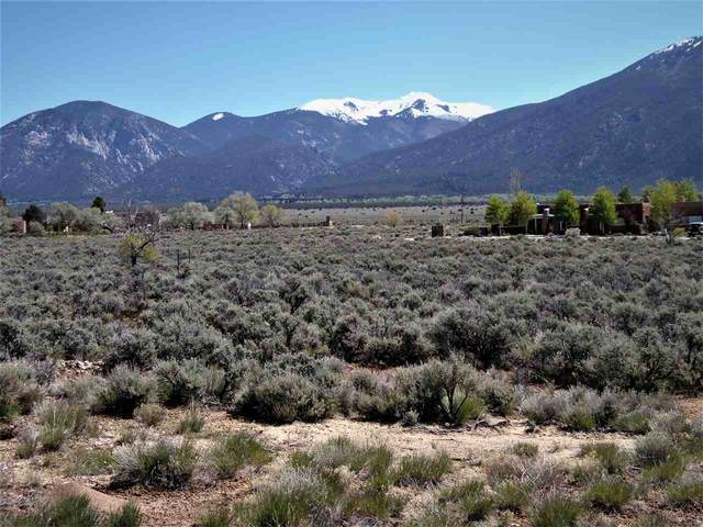 18 Cresta De La Luna, El Prado, NM 87529 (MLS #105404) :: Page Sullivan Group