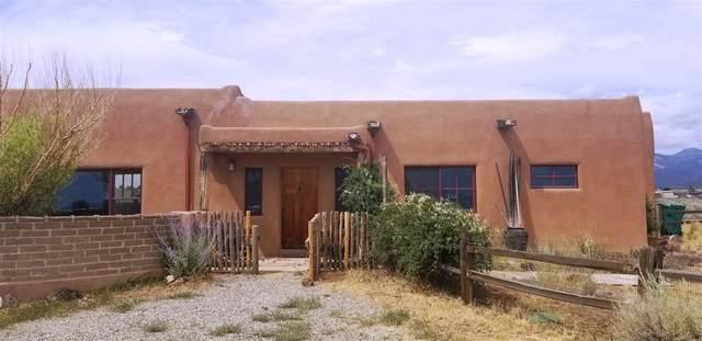 4 April Way, El Prado, NM 87529 (MLS #105438) :: Angel Fire Real Estate & Land Co.