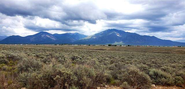 Lot 10 Paseo De La Barranca, Ranchos de Taos, NM 87557 (MLS #105495) :: Berkshire Hathaway Home Services