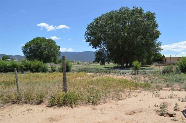 Camino Del Medio, Taos, NM 87571 (MLS #105498) :: Angel Fire Real Estate & Land Co.