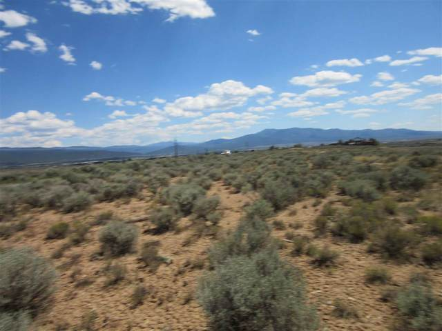 318 Blueberry Hill, Taos, NM 87571 (MLS #105512) :: Angel Fire Real Estate & Land Co.