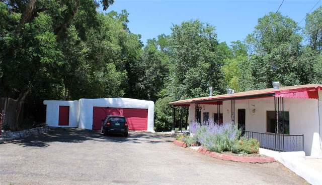54 Old Santa Fe Road, Ranchos de Taos, NM 87557 (MLS #105517) :: Page Sullivan Group
