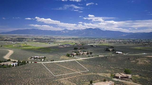 Lot 27 Taos Country Club, Ranchos de Taos, NM 87557 (MLS #105634) :: Angel Fire Real Estate & Land Co.