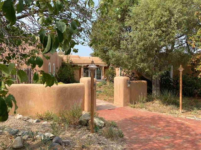 1619 Weimer Rd, Taos, NM 87571 (MLS #105741) :: The Chisum Realty Group