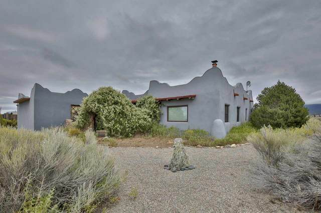 17 Adelmo Medina Drive, Ranchos de Taos, NM 87557 (MLS #105765) :: The Chisum Realty Group