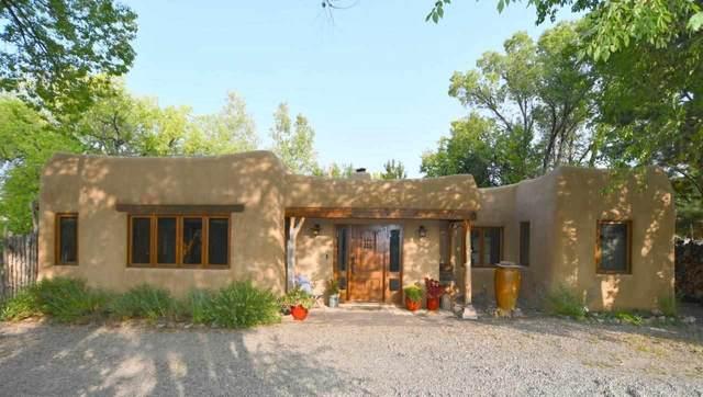 410 Martinez Lane, Taos, NM 87571 (MLS #105795) :: The Chisum Realty Group