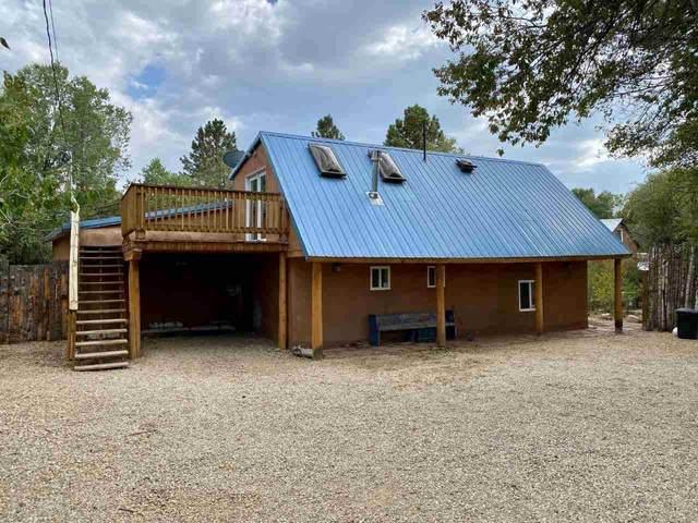 32 Valerio Rd, Ranchos de Taos, NM 87557 (MLS #105854) :: The Chisum Realty Group