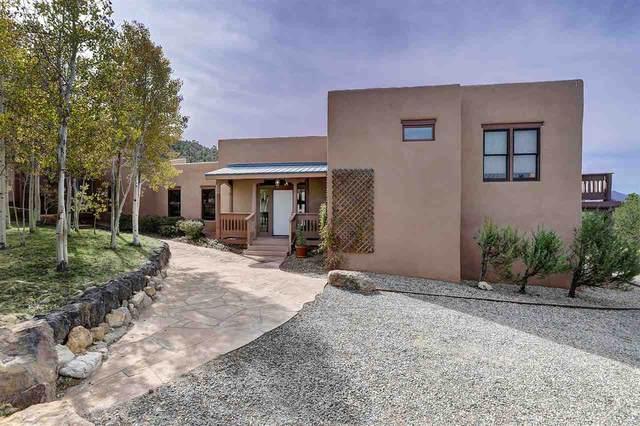 4001 Sendero Penitente, Taos, NM 87571 (MLS #105908) :: The Chisum Realty Group