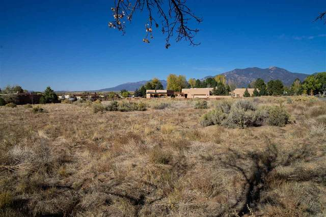 Vegas De Taos Loop, Taos, NM 87571 (MLS #105960) :: The Chisum Realty Group
