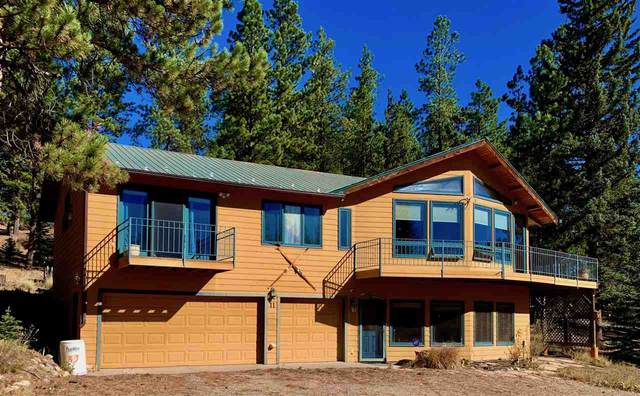 11 Blue Spruce Ln, Taos, NM 87571 (MLS #105964) :: The Chisum Realty Group