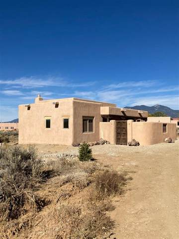 1375 Abby Road, Taos, NM 87571 (MLS #105989) :: The Chisum Realty Group
