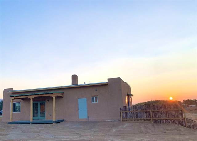 426 Calle Cornelio, Taos, NM 87571 (MLS #106003) :: Angel Fire Real Estate & Land Co.
