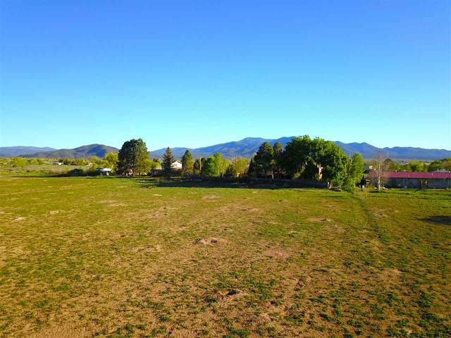 Tract A1 Off Chamisa Rd, Ranchos de Taos, NM 87557 (MLS #106136) :: Chisum Realty Group