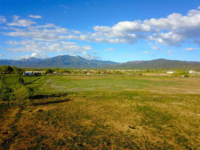 Tract A2 Off Chamisa Rd, Ranchos de Taos, NM 87557 (MLS #106137) :: Chisum Realty Group
