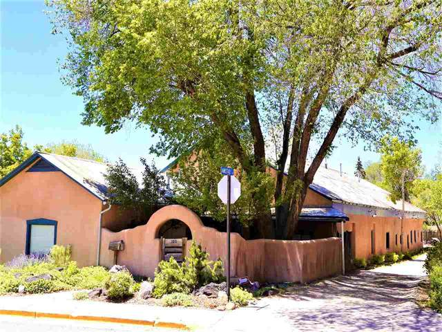 102 Padre Martinez Lane, Taos, NM 87571 (MLS #106295) :: Chisum Realty Group