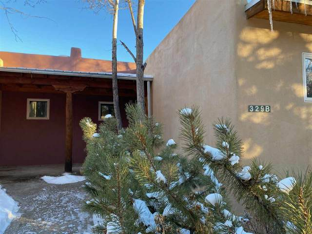 329B Randall Lane, Taos, NM 87571 (MLS #106341) :: Chisum Realty Group