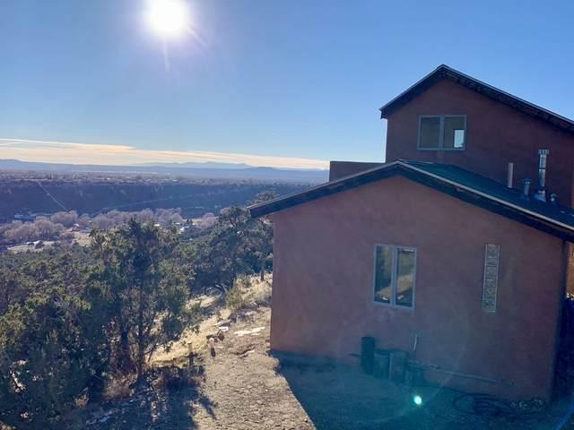6 B Broadbent, Valdez, NM 87580 (MLS #106469) :: Angel Fire Real Estate & Land Co.