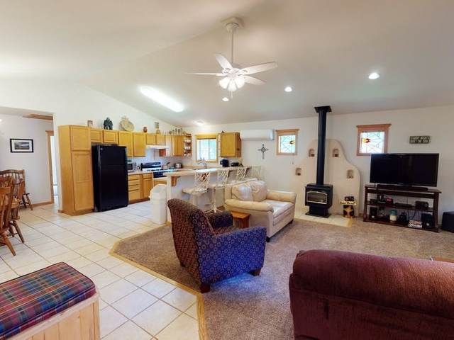 907 Tenderfoot Ct, Red River, NM 87558 (MLS #106579) :: Berkshire Hathaway Home Services
