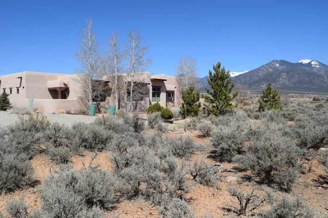 19 Eototo Road, El Prado, NM 87529 (MLS #106644) :: Coldwell Banker Mountain Properties