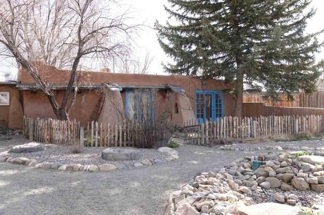 62 Valerio, Ranchos de Taos, NM 87557 (MLS #106652) :: Page Sullivan Group