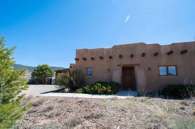 1236 La Luna Lane, Ranchos de Taos, NM 87557 (MLS #106722) :: Angel Fire Real Estate & Land Co.