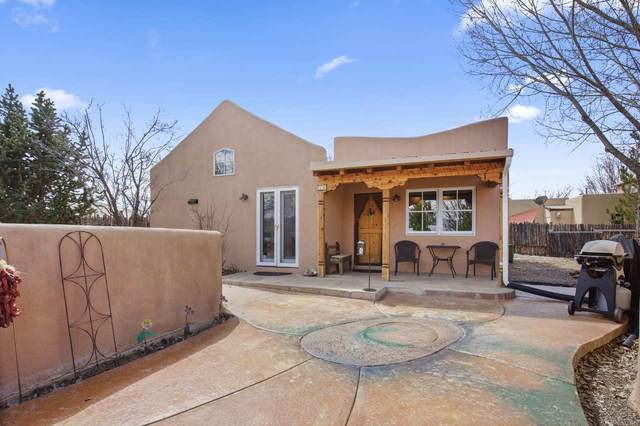 630 Zuni, Taos, NM 87571 (MLS #106724) :: Page Sullivan Group