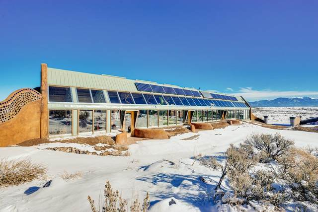 28 Earthship Way, Tres Pierdas, NM 87577 (MLS #106773) :: Page Sullivan Group