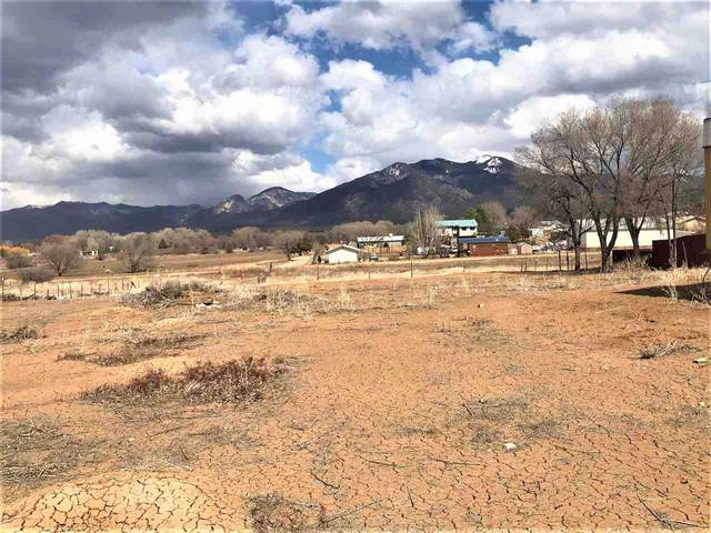 409 Herdner Road, Taos, NM 87571 (MLS #106790) :: Berkshire Hathaway Home Services