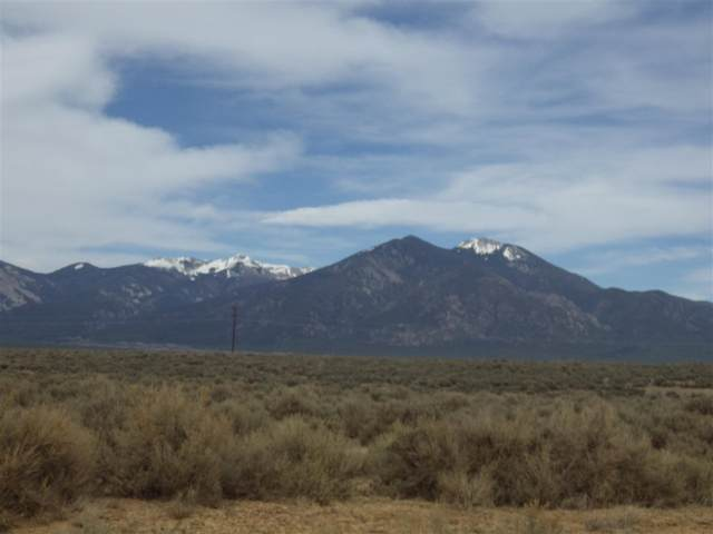 000 Ave De Veronica, Taos, NM 87571 (MLS #106859) :: Angel Fire Real Estate & Land Co.