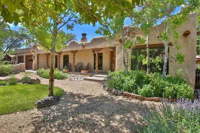 120 Brooks Street, Taos, NM 87571 (MLS #107067) :: Berkshire Hathaway Home Services