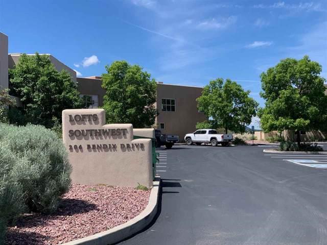 204 Bendix Drive, Taos, NM 87571 (MLS #107070) :: Berkshire Hathaway Home Services