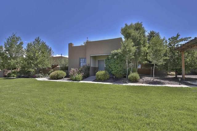 1040 Calle Palomita, Taos, NM 87571 (MLS #107077) :: Berkshire Hathaway Home Services