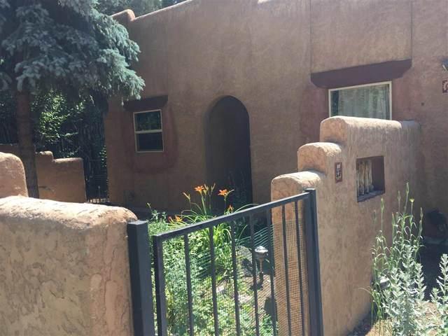 309 Burch, Taos, NM 87571 (MLS #107116) :: Berkshire Hathaway Home Services