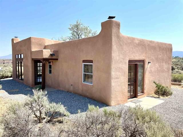 35 Camino De Los Arroyos, Ranchos de Taos, NM 87557 (MLS #107145) :: Coldwell Banker Mountain Properties