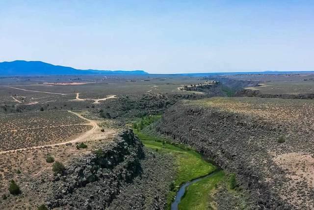 Anadarko Road, Ranchos de Taos, NM 87557 (MLS #107256) :: Berkshire Hathaway Home Services