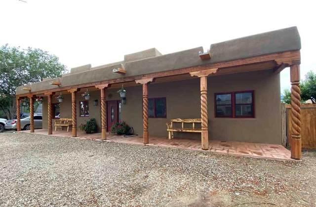 209 Adobe Rd, Taos, NM 87571 (MLS #107295) :: Angel Fire Real Estate & Land Co.