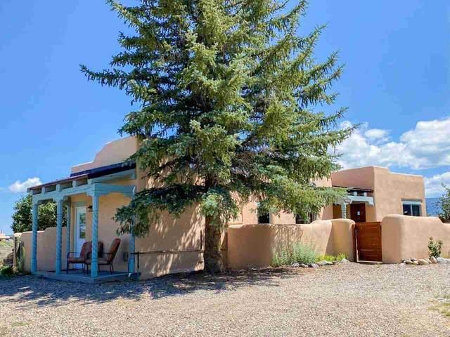 245 Morgan Rd, Taos, NM 87571 (MLS #107319) :: Berkshire Hathaway Home Services
